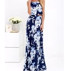 Lovely Lulus Two Piece Maxi Set